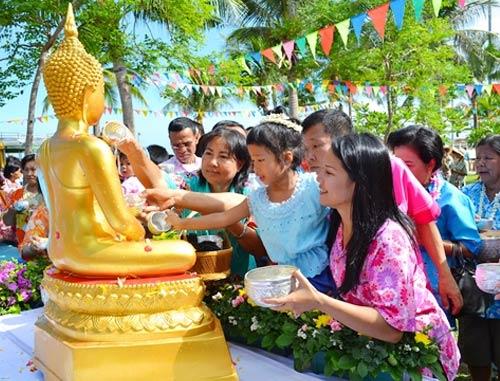 3 апреля - Праздник Тайский Новый год