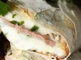 Сыр сулугуни в лаваше
