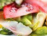 Салат из сельди и помидоров